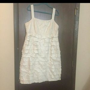 Dresses & Skirts - Reposh cream ruffle dress.